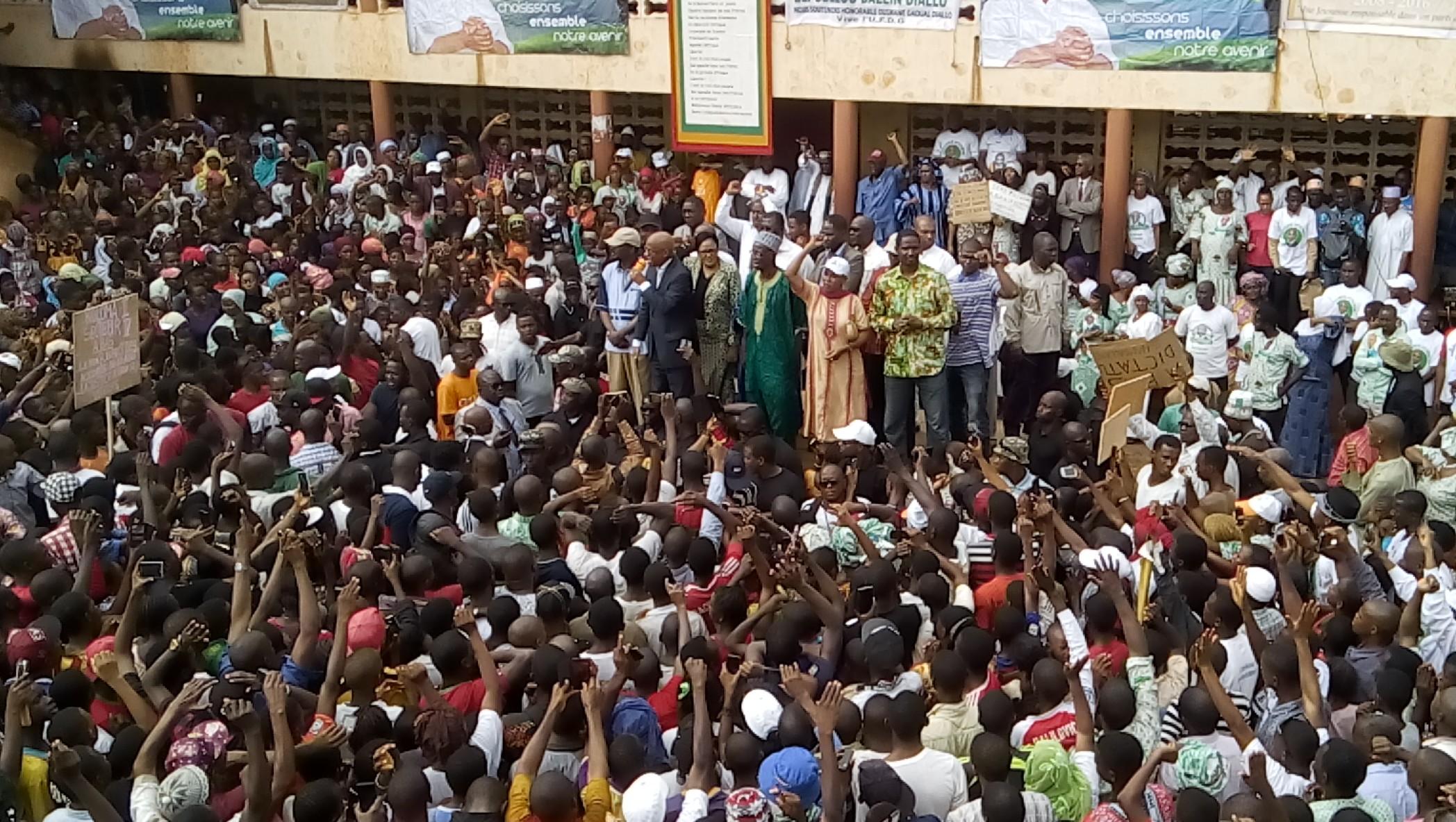 RAPPORT EIU : Quels sont les pays africains les plus démocratiques?